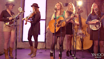 Della Mae: This World Oft Can Be (SXSW Up Close 2014)