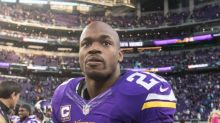 Should the Giants sign Adrian Peterson if he becomes available?