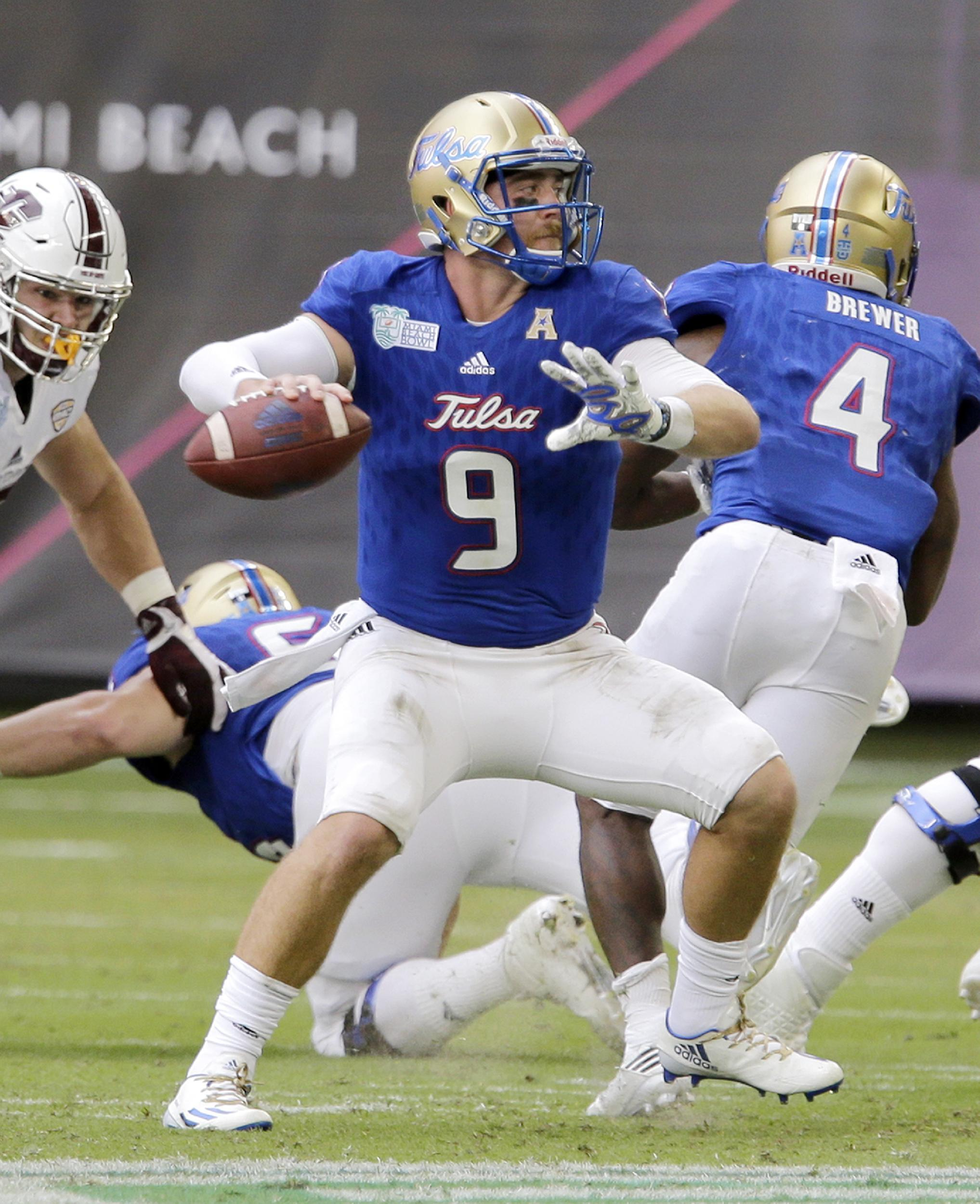 yahoo college football scores ncaa bowl game point spreads