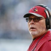 Bruce Arians: 'Bad coaches' benefit from in-game video experiment
