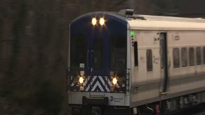 NY Commuters Find New Way for Second Day