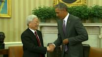Obama meets Vietnamese communist party head at White House