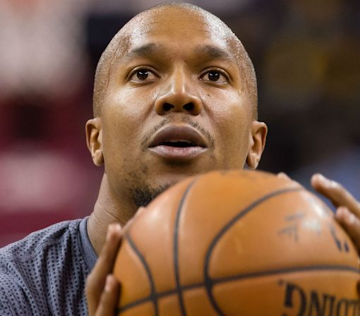 Warriors' David West offers perfect analogy on anthem protest criticism