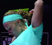 This tennis player gave herself a haircut mid-match, and it helped her win