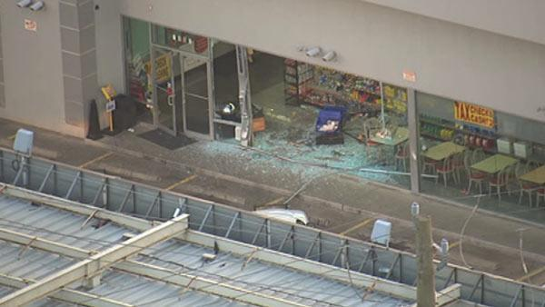 Police seek smash-and-grab suspects