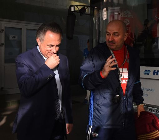 Mutko re-elected Russian football chief