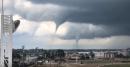 La red se llena de espeluznantes vídeos de los tornados que arrasan Iowa (EEUU)