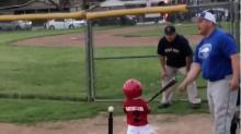 Yoan Moncada's 2-year-old son is already bat-flipping like a pro