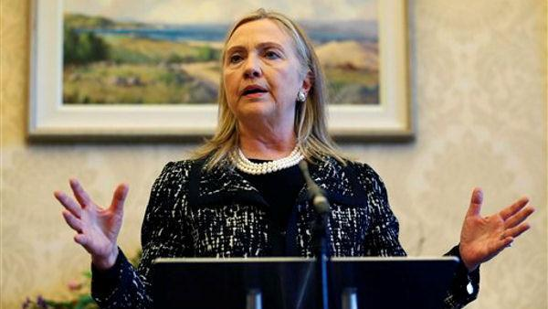 Doctors: Blood clot located in Clinton's head