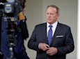 Sean Spicer freaks out at reporter for texting him, threatens to report him to authorities