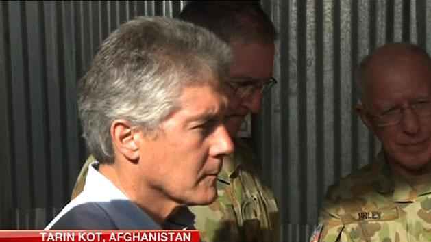 Defence bosses meet Aussie troops