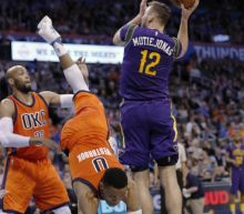 Westbrook scores 41 in triple-double as Thunder top Pelicans