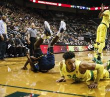 Oregon holds its breath after Dillon Brooks suffers another injury