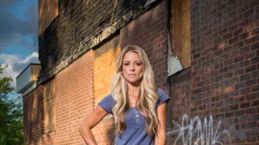 """13 Fact's About """"Rehab Addict"""" Nicole Curtis"""