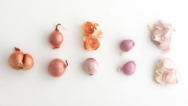 How to Slice a Shallot