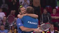 France keep Davis Cup hopes alive
