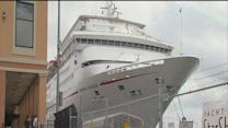 Carnival lowers cruise rates