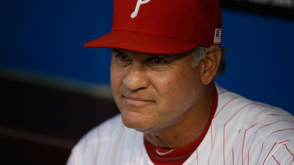 Ryne Sandberg named Phillies manager, signs 3 year contract