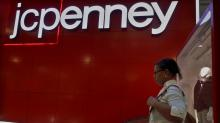 J.C. Penney reports comp sales drop, to shut 130-140 stores